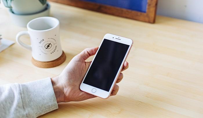 Iphone bị kẹt logo Apple Iphone8